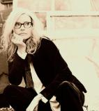 Aimee Mann<br />photo credit: aimeemann.com