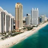 Sunny Isles Beach, Miami<br />photo credit: Wikipedia