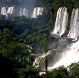 Iguazu, Argentina - Brasil<br />photo credit: iguazuargentina.com